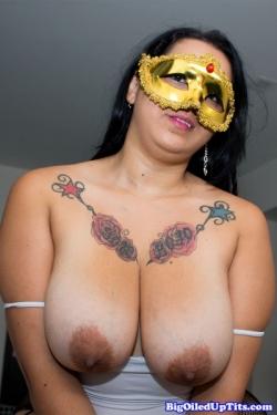 Floppy Oiled Tits