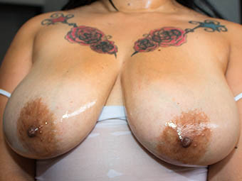 Carmen - 42G - Big floppy titties